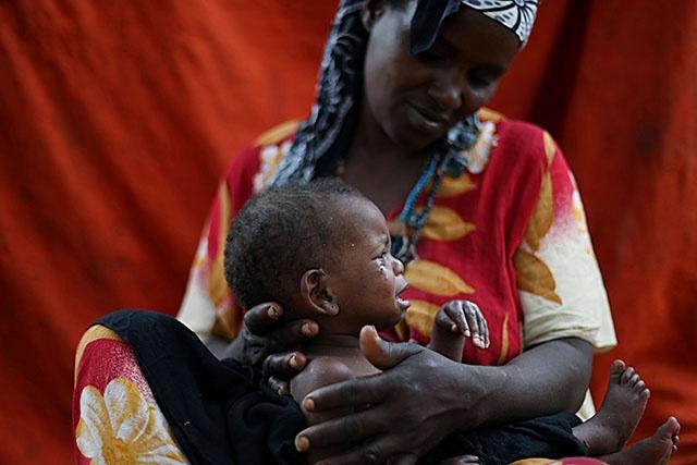 """L'Unicef dénonce les risques """"alarmants"""" pour les bébés nés dans les pays pauvres"""