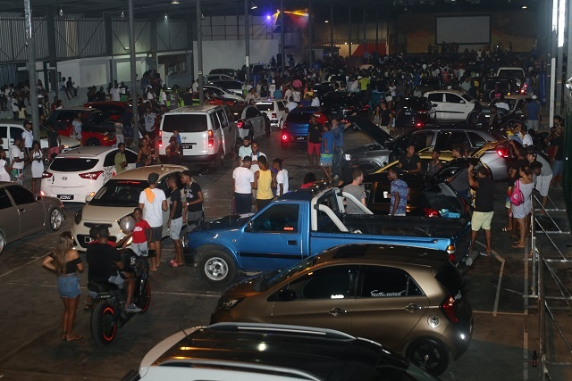 Passionate fans of creative cars gather at show in Seychelles