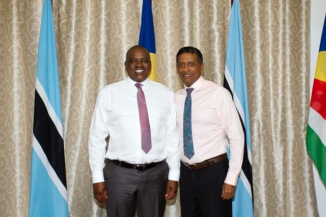 Presidents of Botswana, Seychelles meet, discuss education agreement