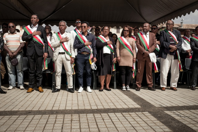 Top Madagascar court orders formation of unity government