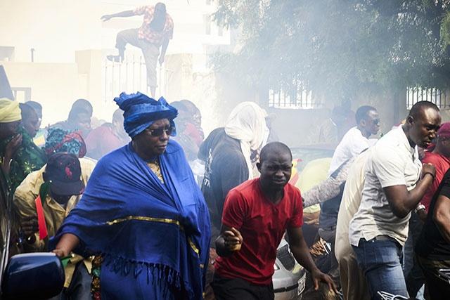 """Manifestation réprimée au Mali: l'opposition s'indigne, l'ONU """"préoccupée"""""""