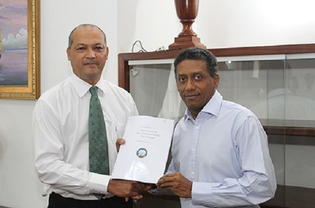 Le comité de réconciliation envoie un rapport au président des Seychelles; projet de loi de réparation à approuver la semaine prochaine