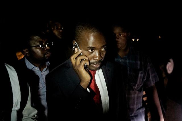Zimbabwe: l'opposant Chamisa rejette la victoire d'Emmerson Mnangagwa à la présidentielle