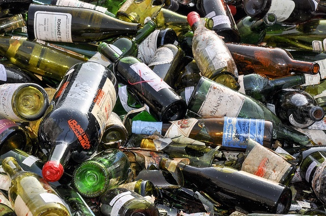 Deposit to be applied to alcohol in glass bottles in Seychelles