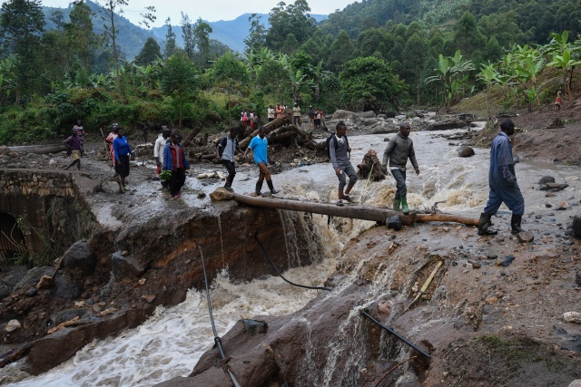 At least 41 dead in Uganda landslide