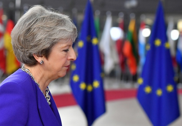 UK PM says open to longer post-Brexit transition