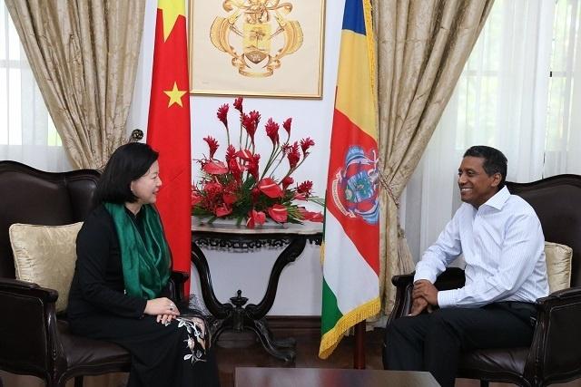 Liens économiques, échanges culturels et éducatifs au menu du nouvel ambassadeur de Chine aux Seychelles