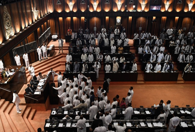 Sri Lanka Supreme Court restores sacked parliament