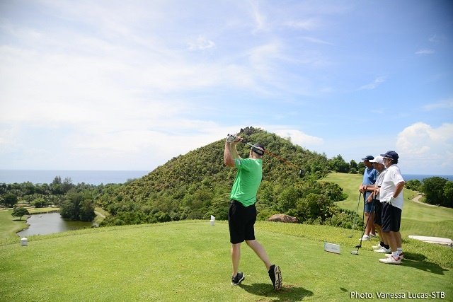 Seychelles hosts major international golf tournament for first time