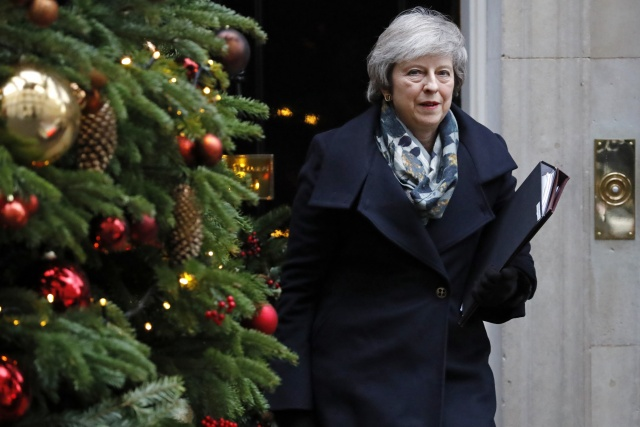 UK ministers meet to step up no-deal Brexit plans