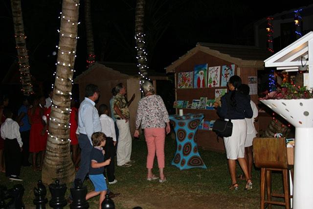 Hilton Seychelles organise un marché de Noël pour financer une librairie