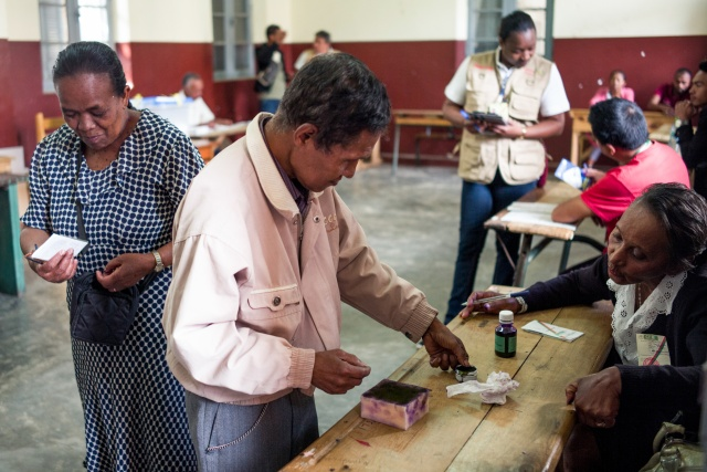 Madagascar counts votes in tense election run-off