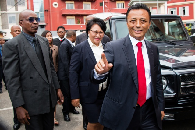 Madagascar's ex-leader Ravalomanana accepts defeat