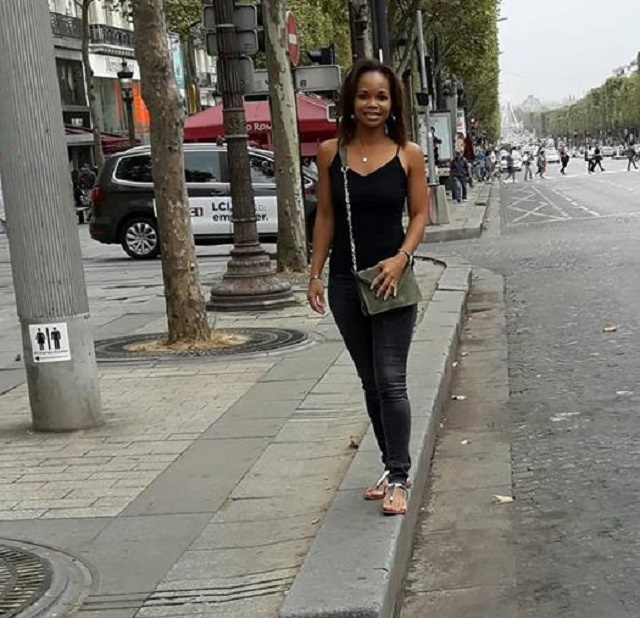 A Seychellois who moved to Paris finds great comfort in volunteering