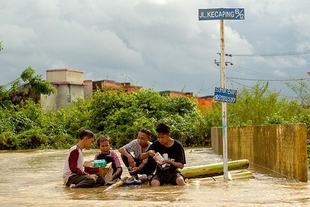 Indonésie: le bilan des inondations et glissements de terrain porté à 59 morts