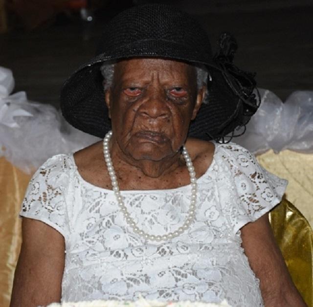 Une Seychelloise atteint pour la première fois l'âge de 110 ans