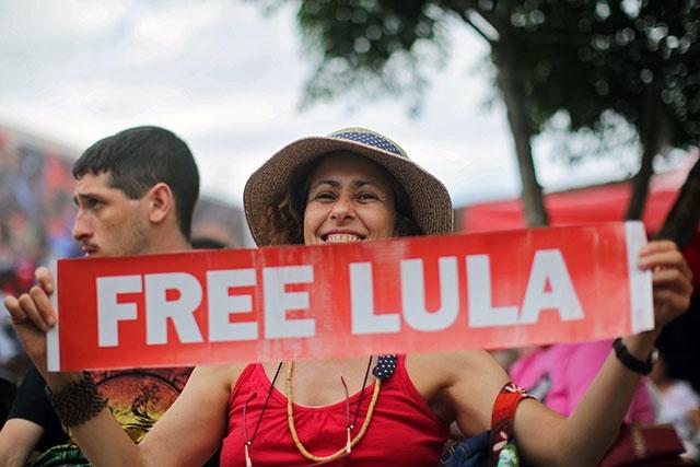 Brésil: Lula condamné une nouvelle fois pour corruption