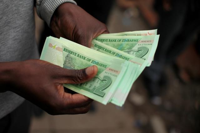 Botswana offers Zimbabwe $600-mn to ease crisis: report