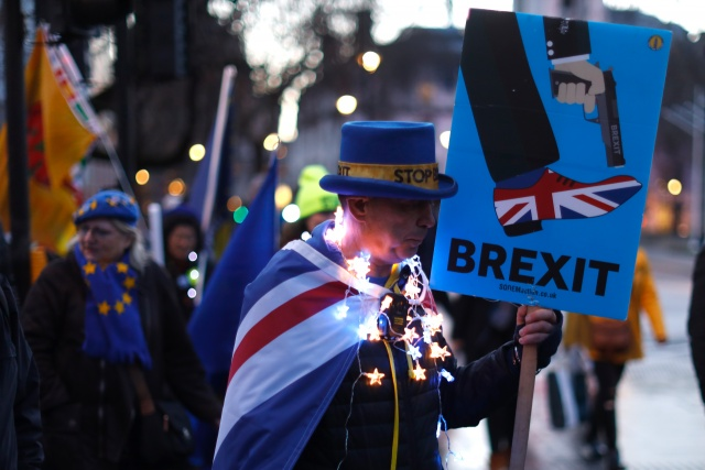 British MPs resoundingly reject Brexit deal for second time