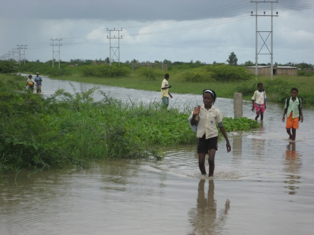 100 killed as Cyclone Idai heads into Zimbabwe…Malawi, Mozambique count costs