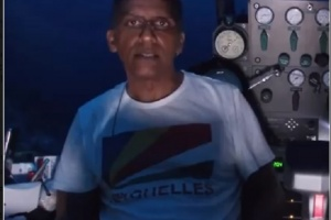 President of Seychelles delivers live TV address 124 metres below ocean's surface