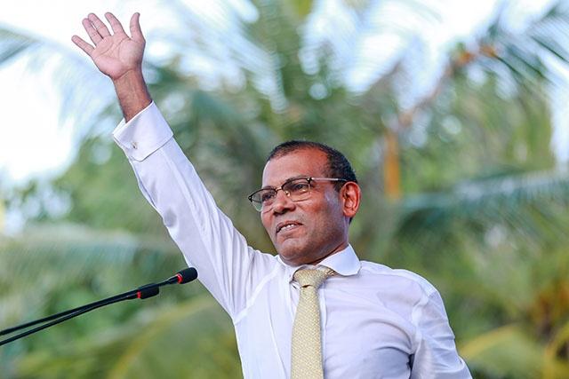 L'ancien président des Maldives fait un retour en force aux législatives