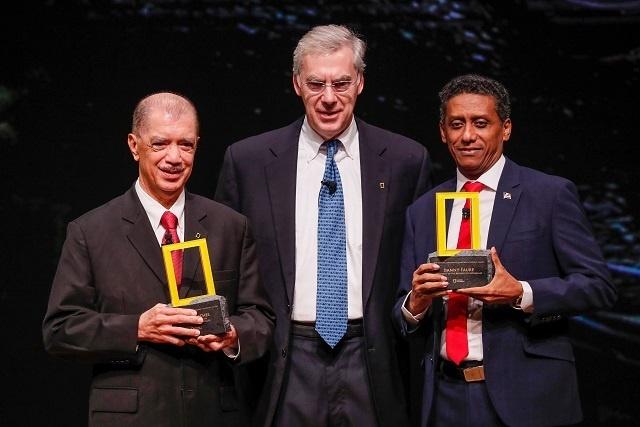 Le président et l'ancien président des Seychelles – Faure et Michel - honorés par National Geographic Society pour leur leadership planétaire