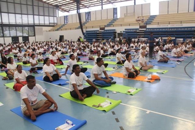 Les Seychelles adoptent la posture du lotus lors de la Journée internationale du yoga