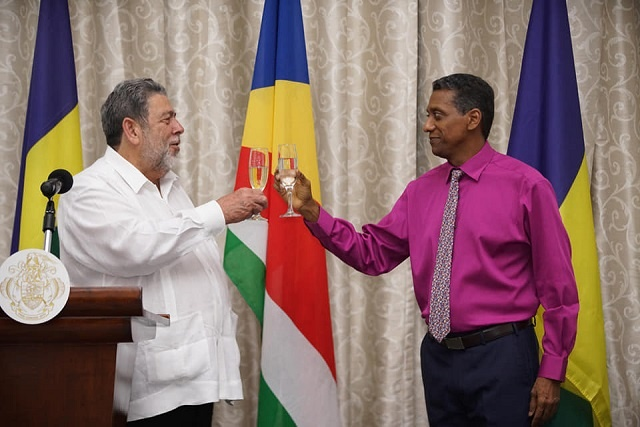 Seychelles, St. Vincent and the Grenadines linked by common challenges, President says