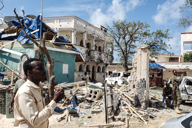 26 killed in deadly Somalia hotel siege