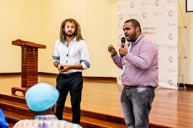 "2 ""Global Shapers"" in Seychelles examining how to equip youth with skills"