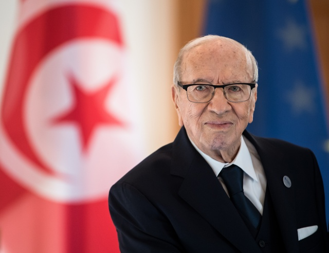 Uncertainty for Tunisia as president dies at 92