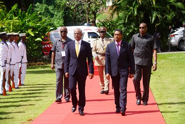 President of Maldives arrives in Seychelles on first state visit