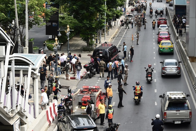 Bombs rattle Bangkok during ASEAN summit, two suspects held