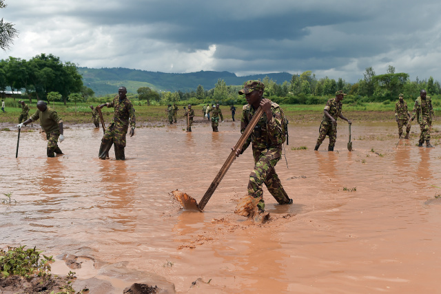 Six bodies recovered after flash flood in Kenya national park