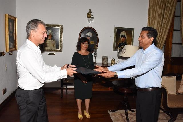 Le nouvel ambassadeur de l'UE aux Seychelles s'entretient avec le président sur les changements climatiques et la pêche