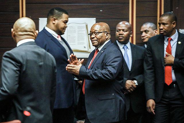 Afrique du Sud: l'ex-président Zuma va être jugé pour la première fois pour corruption