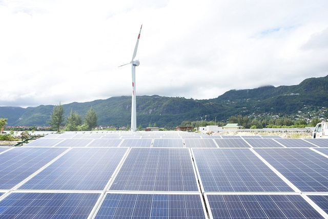 400 homes in Seychelles to soon benefit from solar energy installation
