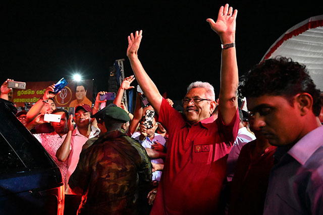 Présidentielle au Sri Lanka: vers un retour du redouté clan Rajapaksa ?