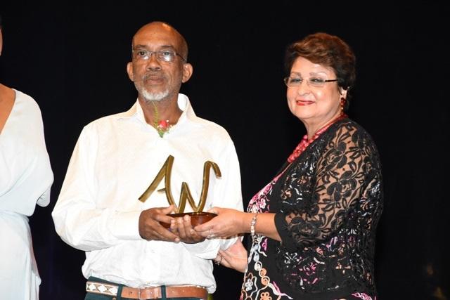 Les Seychelles Arts Awards récompensent les contributeurs à l'art et à la culture