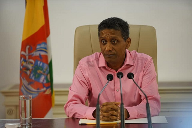 Seychelles' President will not sign public salary bill; pension fund acquisition on hold
