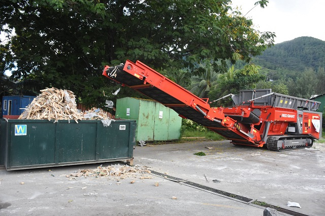 Waste crusher expected to ease space crunch at Seychelles' landfill
