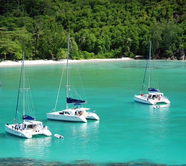Une législation fait de la Seychelles Maritime Safety Administration l'autorité de réglementation et de gestion des affaires maritimes