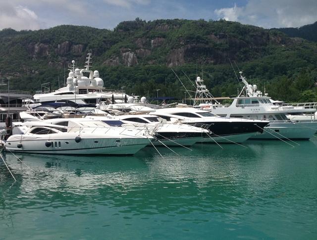 Une nouvelle politique permet aux étrangers de posséder des yachts aux Seychelles - si le bateau est vraiment grand