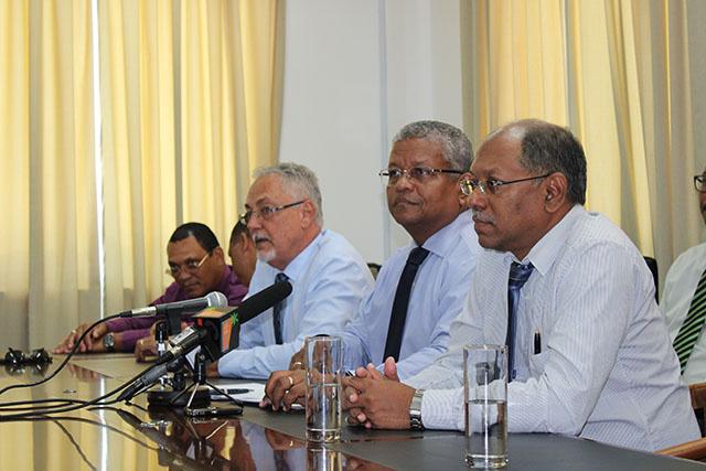 Seychelles et COVID-19: le chef de l'opposition à l'Assemblée nationale plaide pour un confinement de deux semaines