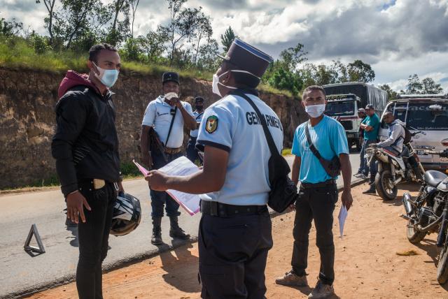 Coronavirus fears spark urban exodus across Africa