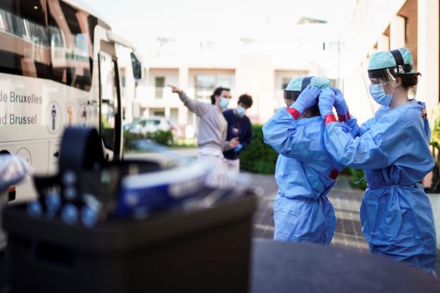 Divided EU leaders meet on virus recovery plan
