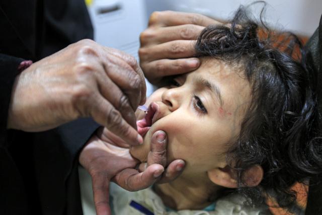 Grounded flights threaten routine vaccine supply: UN