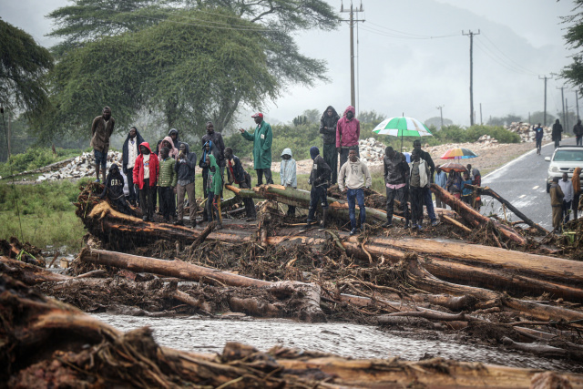 Kenya floods have killed nearly 200 in past month: govt