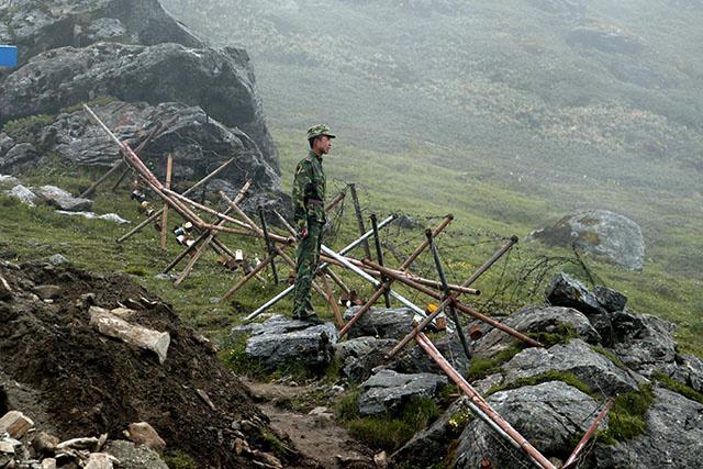 """L'Inde défendra sa """"fierté"""" dans son litige frontalier avec la Chine"""